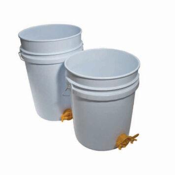 Plastic 5 Gallon Honey Tank (25 kg)